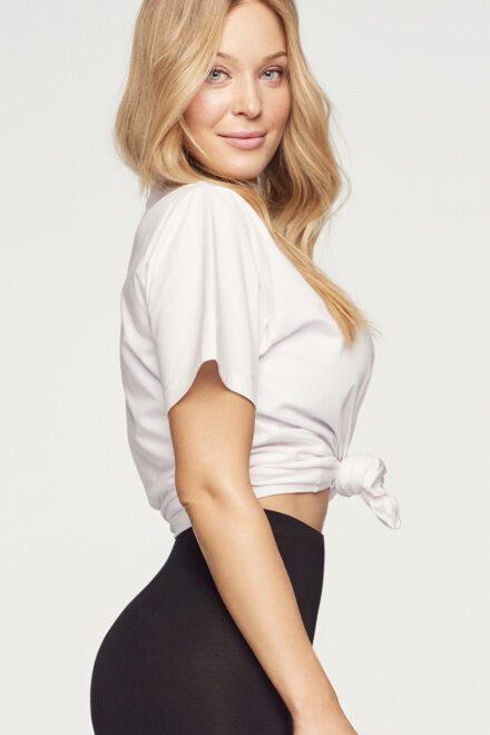 tshirt biały legginsy czarne