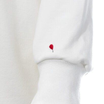 bluza 5 ecru z balonikiem detal