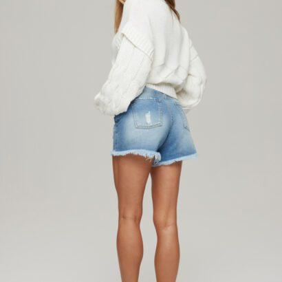 sweter 2 biały